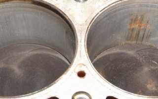Как проверяют уровень масла в двигателе